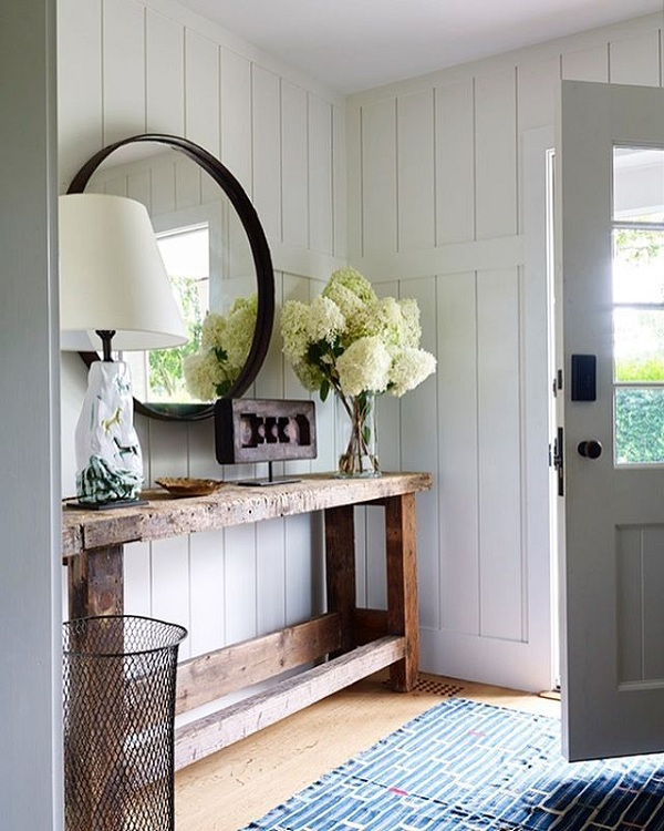 Huyền quan là gì? Hiểu nôm na huyền quan là tấm rèm ngăn cách giữa cửa chính và phòng khách
