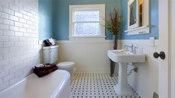 Nhà vệ sinh nên có màu sắc tượng trưng cho ngũ hành Thủy như xanh lam (Ảnh minh họa)
