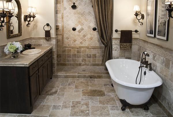 Nền nhà vệ sinh nên bằng phẳng và lát gạch nhám để tránh trơn trượt (Ảnh minh họa)