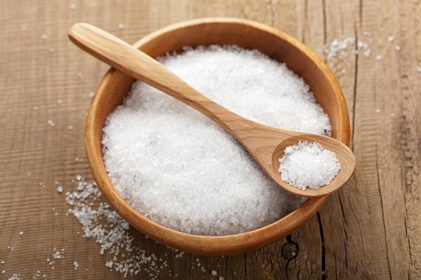 Muối có tác dụng loại bỏ những nguồn khí không tốt (Ảnh minh họa: S.T)